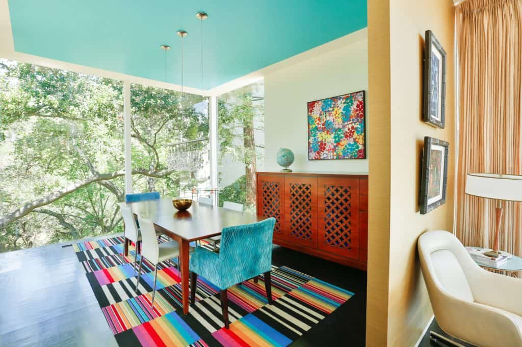 Mid-century modern architectural gem for corporate retreats
