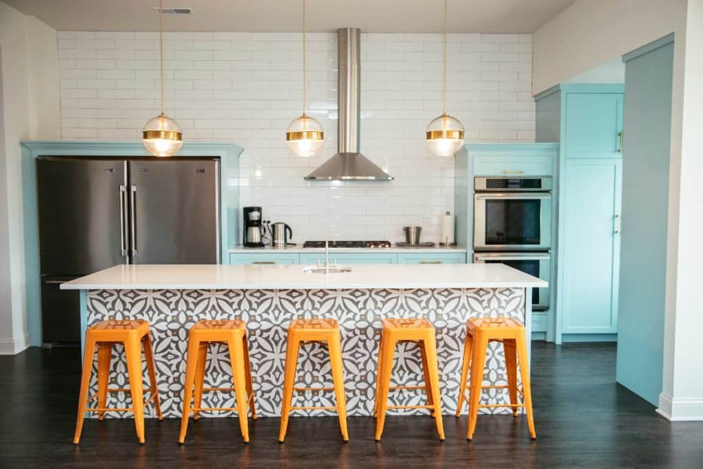 gourmet kitchen chicago rental
