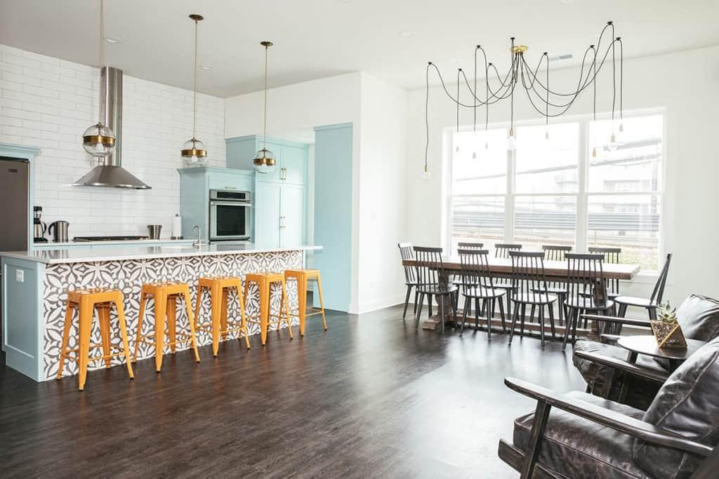 bright kitchen chicago rental