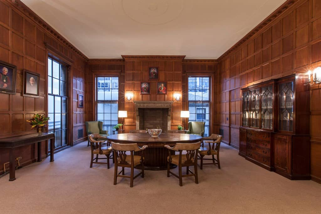 french chateau chicago rental