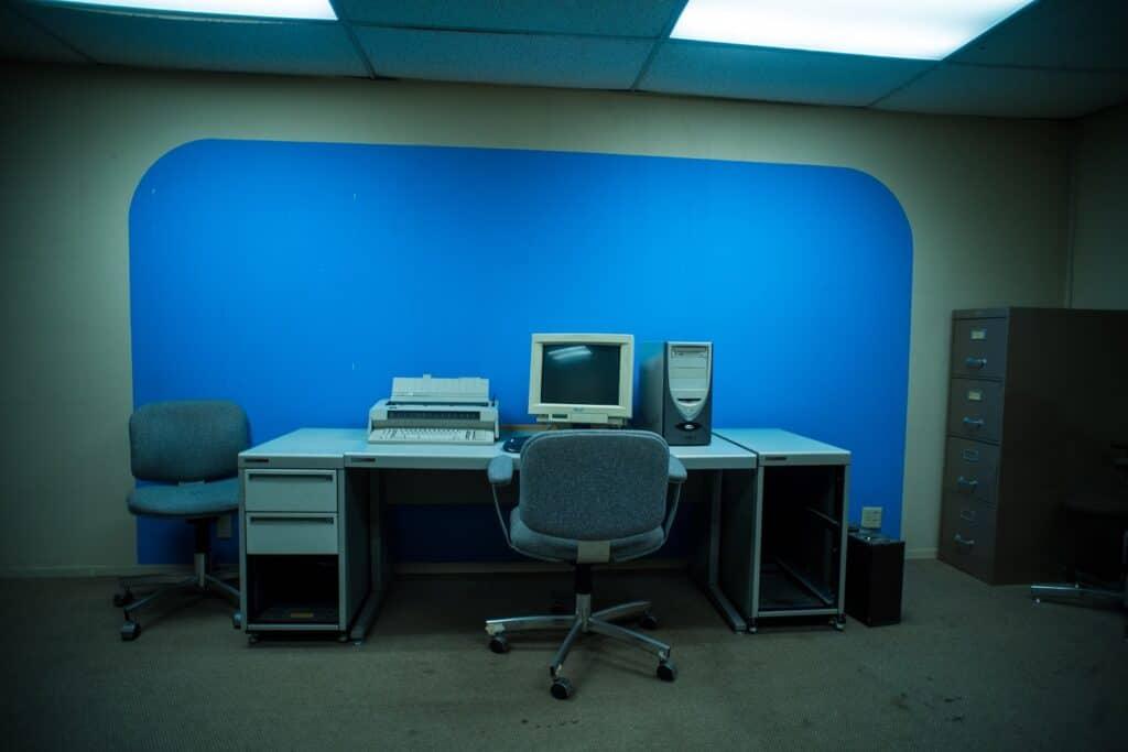 90s Retro Office Space los angeles rental