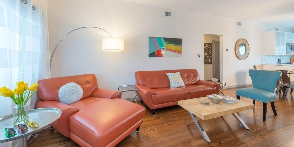 Adorable home on corner lot in the center of Orlando rental