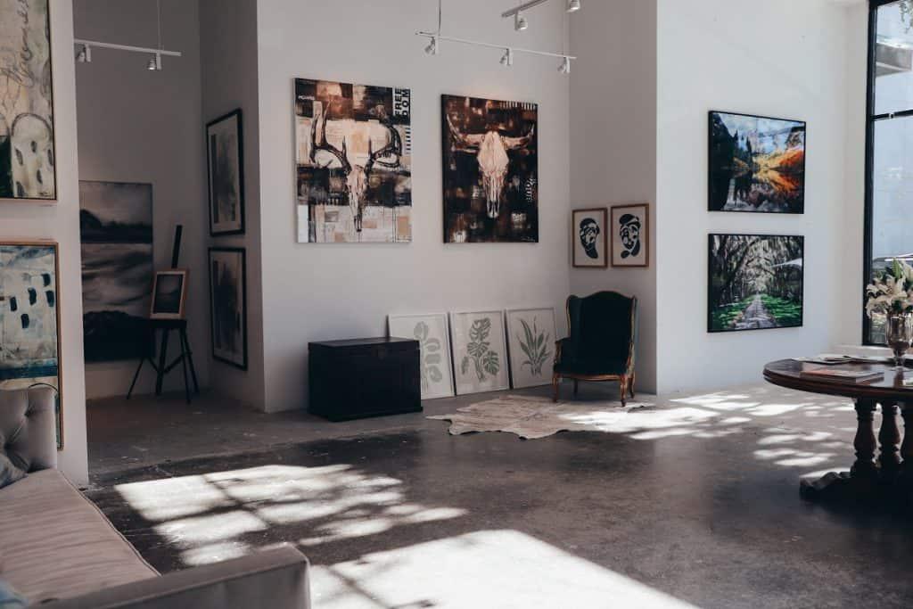 Art Gallery Located on Buckhead Avenue atlanta
