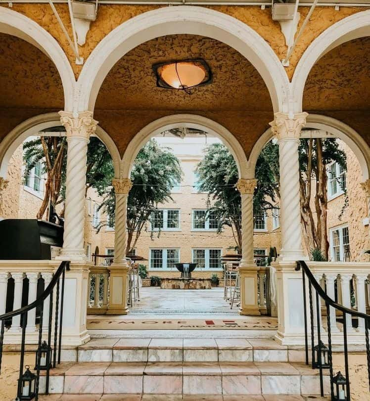 Artmore Hotel atlanta rental
