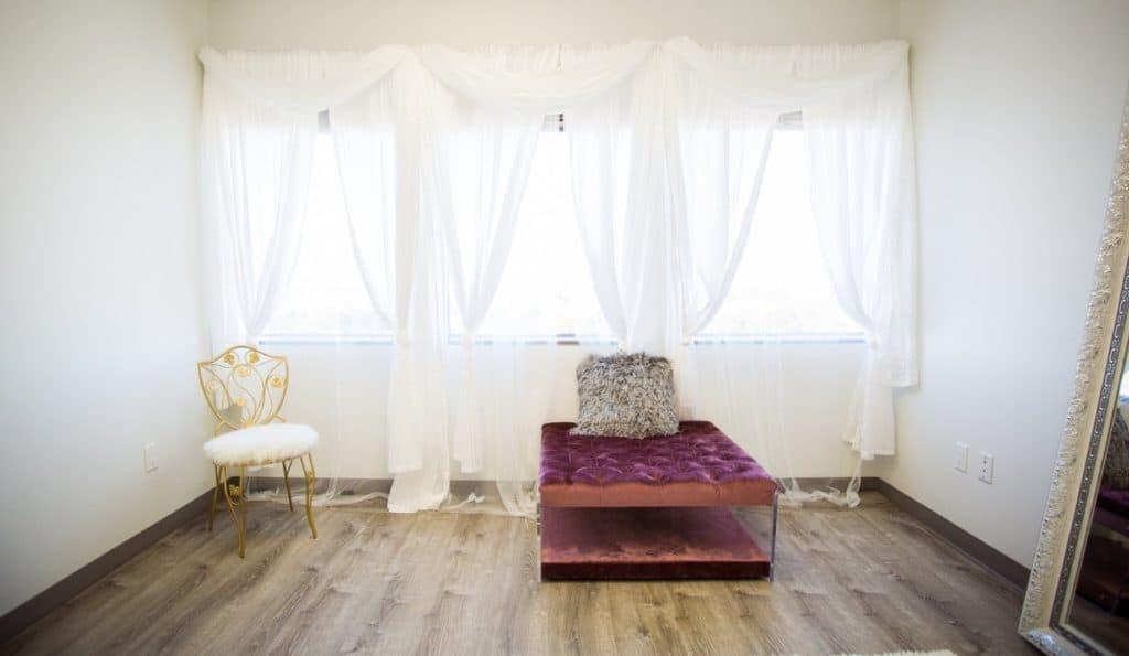 Beautiful Boutique Natural Light Studio houston rental