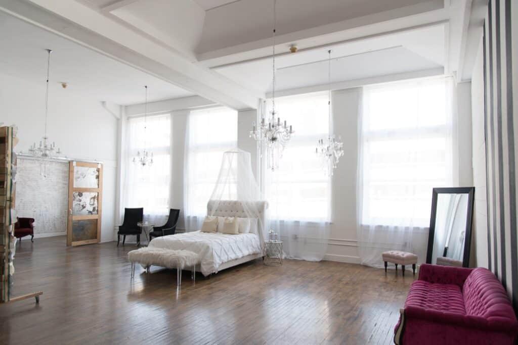 Bright & Glamorous Downtown Studio dallas rental