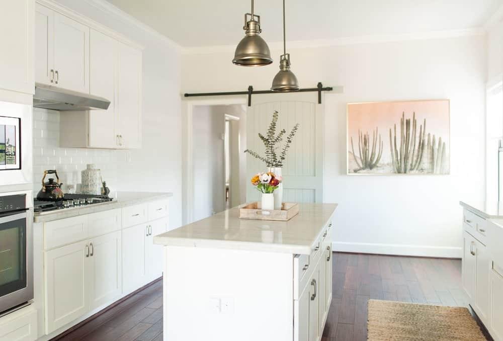Bright Kitchen for Portrait & Fashion Photography houston rental