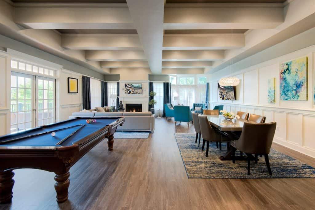 Bright and Spacious Club Room in Woburn boston rental