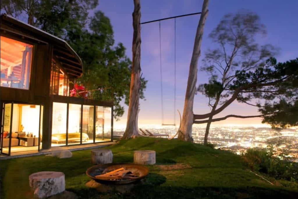 Cabin Treehouse perched at the edge of a cliff los angeles rental