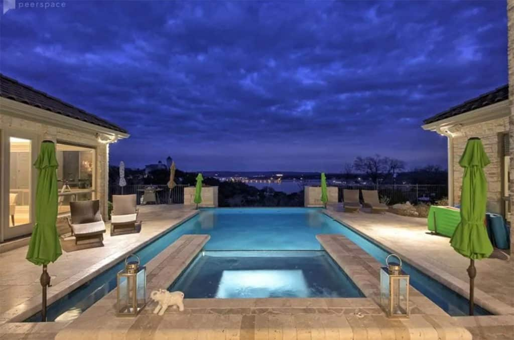Estate Overlooking Lake Travis austin rental