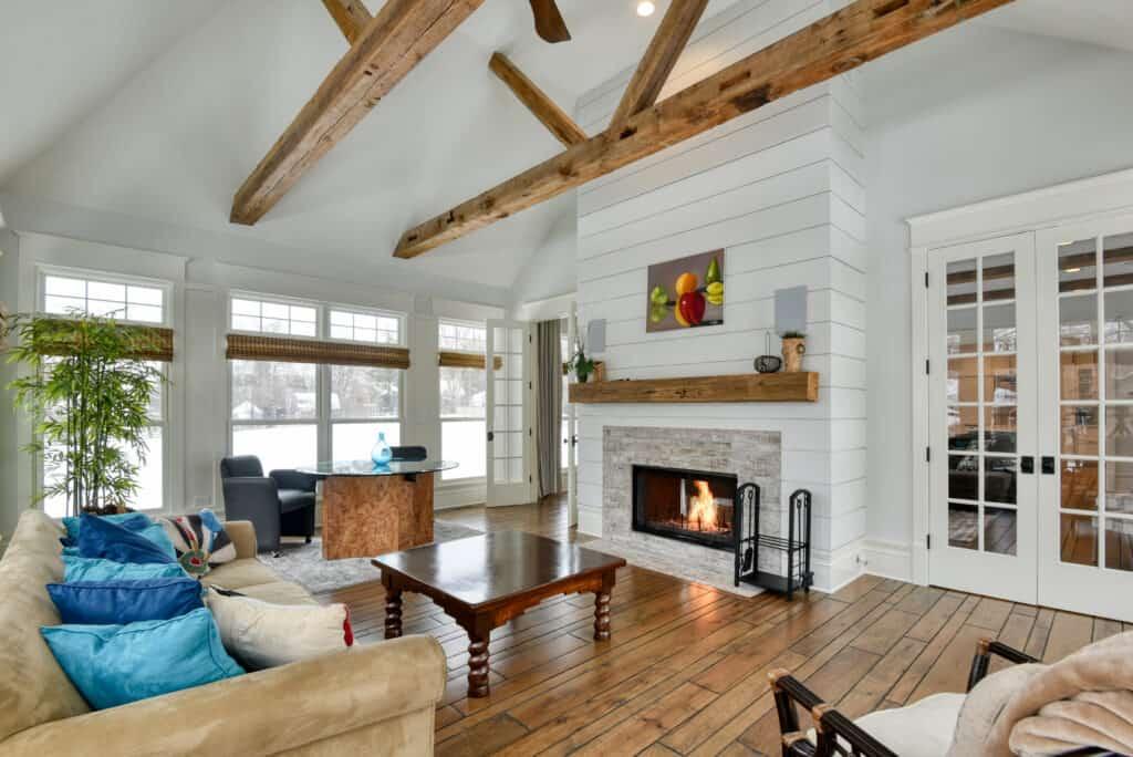 Expansive Farmhouse Estate chicago rental