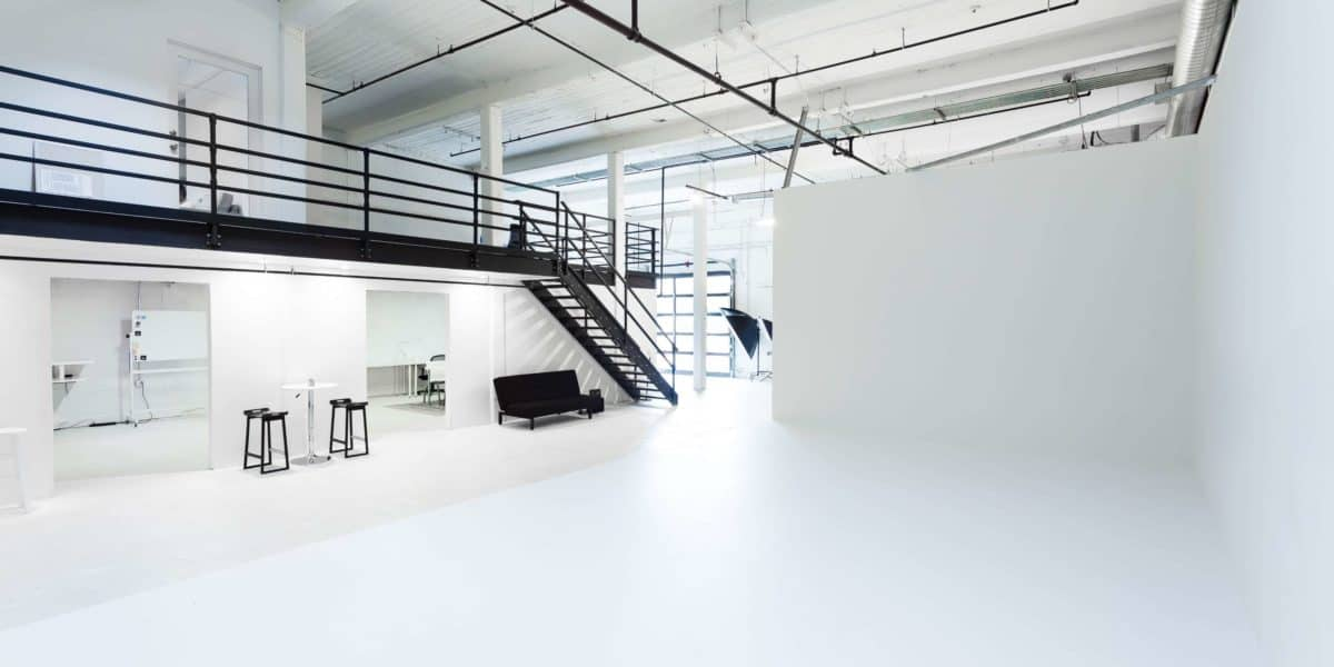 How much does it cost to rent a production studio