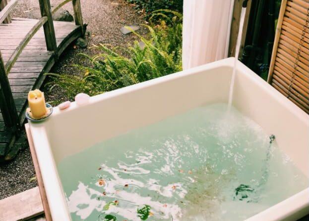 Japanese Tea Garden and Outdoor Bathtub los angeles rental