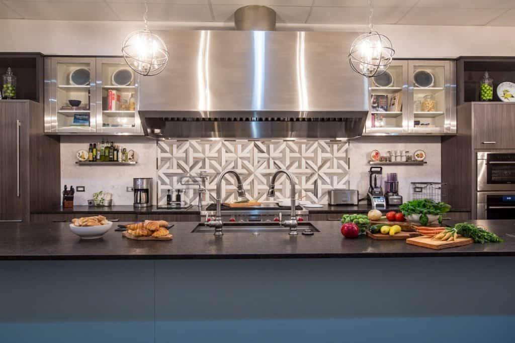 Luxurious Kitchen Studio chicago rental