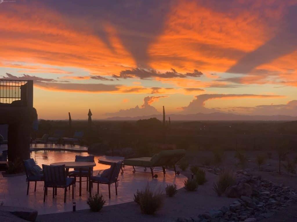 Luxury Outdoor Space with Sweeping Skyline Views phoenix rental