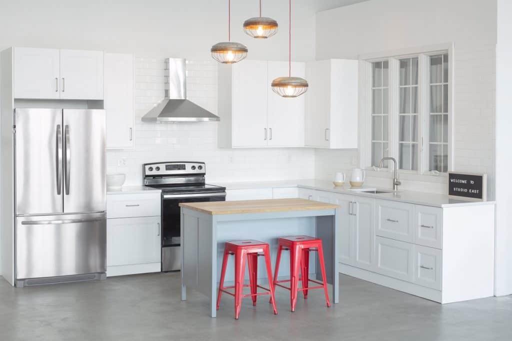 Modern Studio with Full Kitchen, Beautiful Daylight, Free Parking boston rental