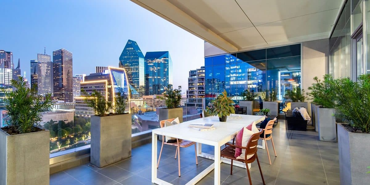 Modern design Indoor & Outdoor lounge with amazing views of Dallas rental