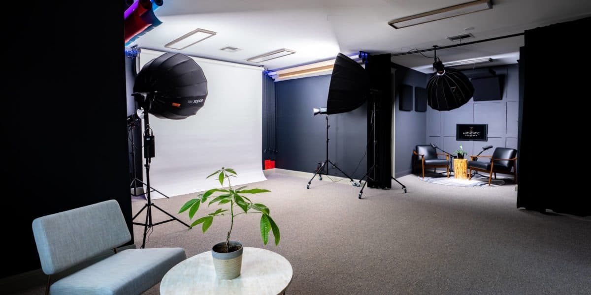 How much does a music video studio cost to rent