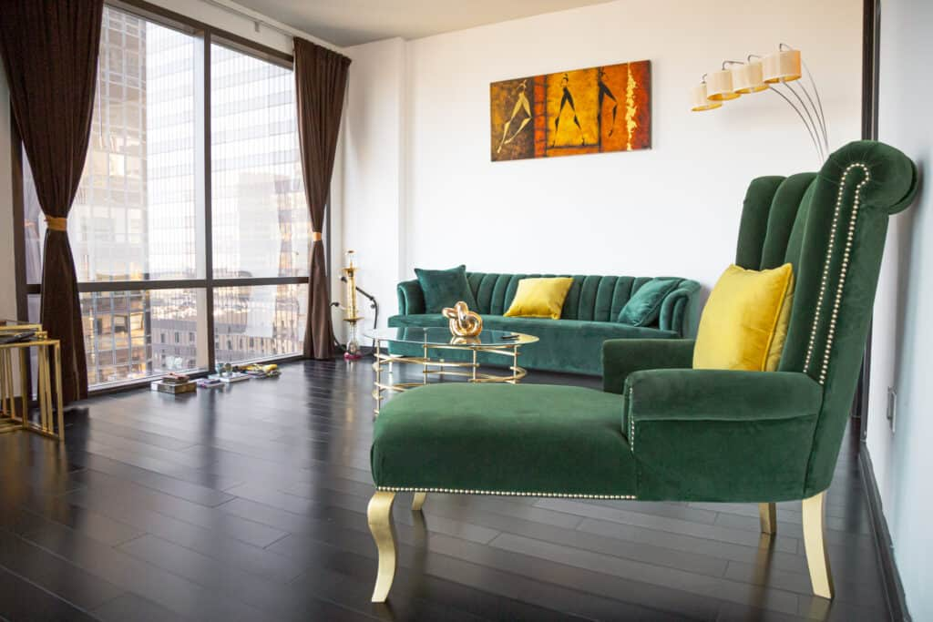 Penthouse with Open Floor Plan and Beautiful Decor los angeles rental