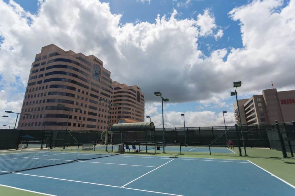 San Fernando Valley roof top tennis courts los angeles rental Rent Fitness Space by The Hour