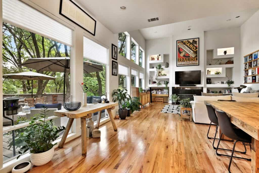 Spacious 2 Story House with Contemporary Eclectic Design austin rental