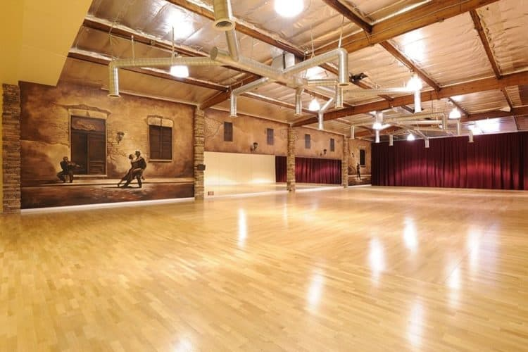 How Much Does It Cost to Rent a Dance Floor? | Peerspace