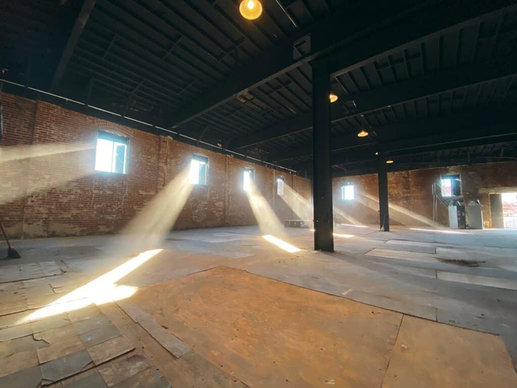 spacious warehouse los angeles