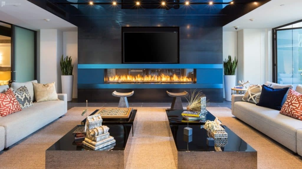 Spacious modern lounge with fireplace and attached kitchen sf san francisco rental