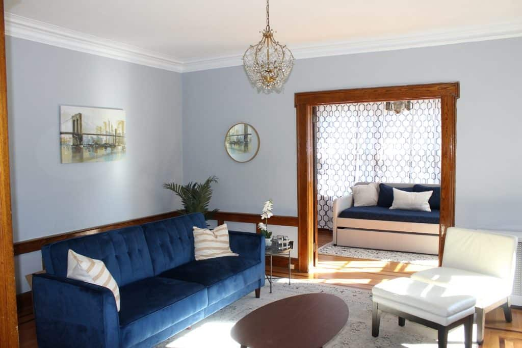 Stylish Urban Home Perfect for Interviews and Apartment Scenes newark rental