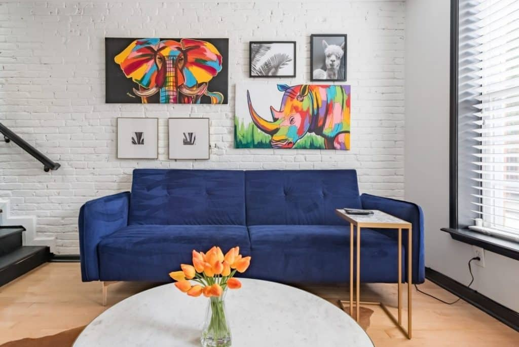 Traditional Rowhouse with Modern Chic Decor baltimore rental