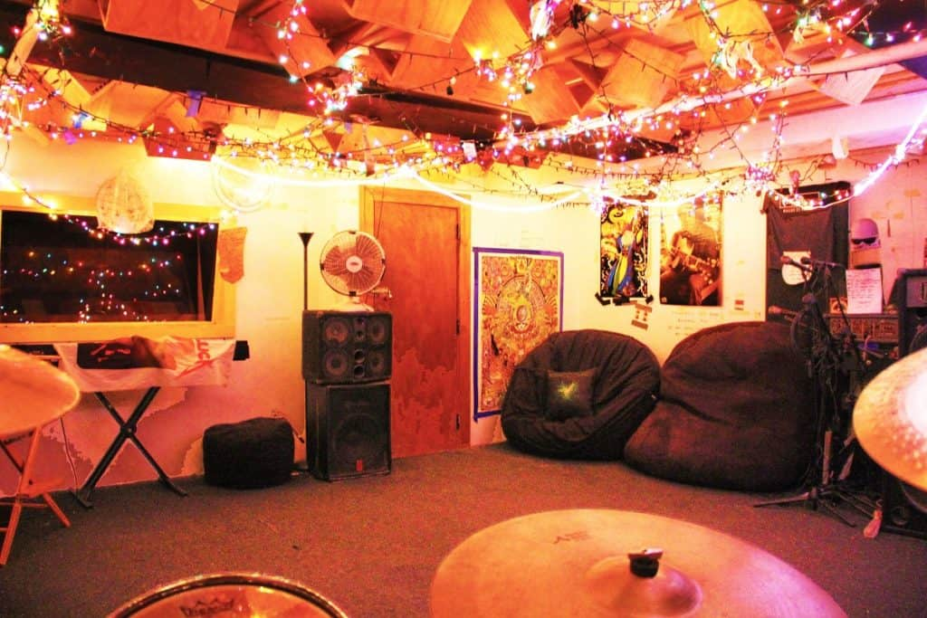 Very cool vibey Rock space in the heart of Hells Kitchen nyc new york city rental