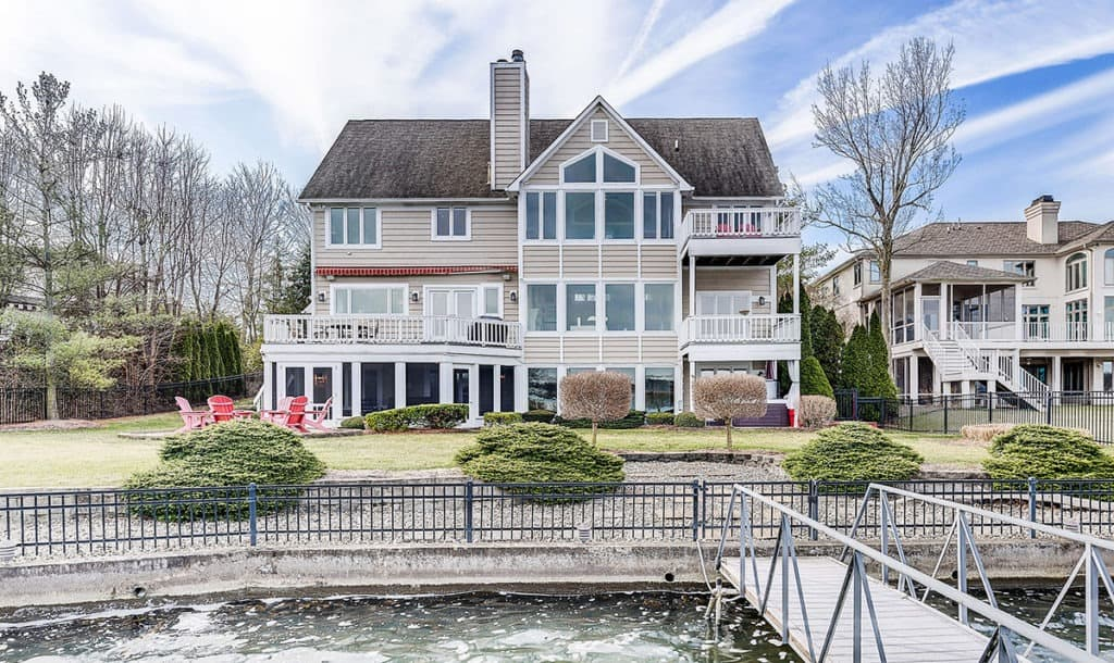 Waterfront Home in Geist indianapolis rental