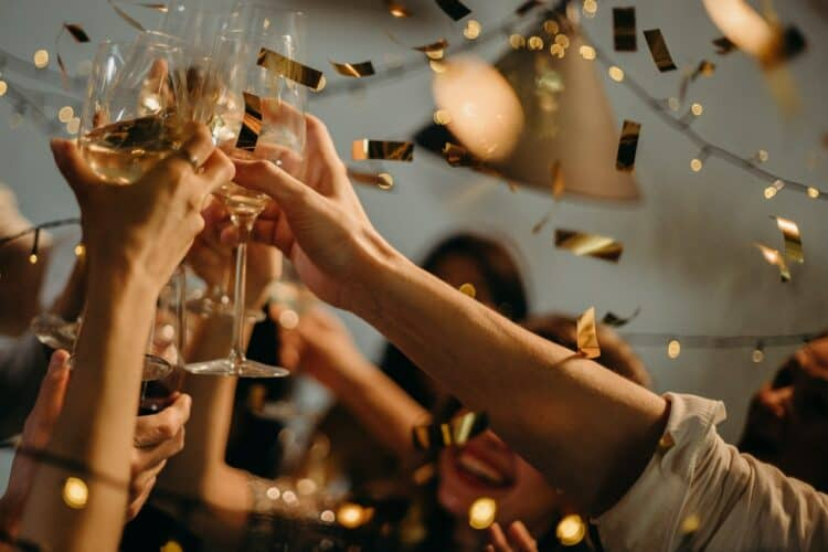 12 Memorable 29th Birthday Ideas To Ring In The Last Year of Your 20s | Peerspace