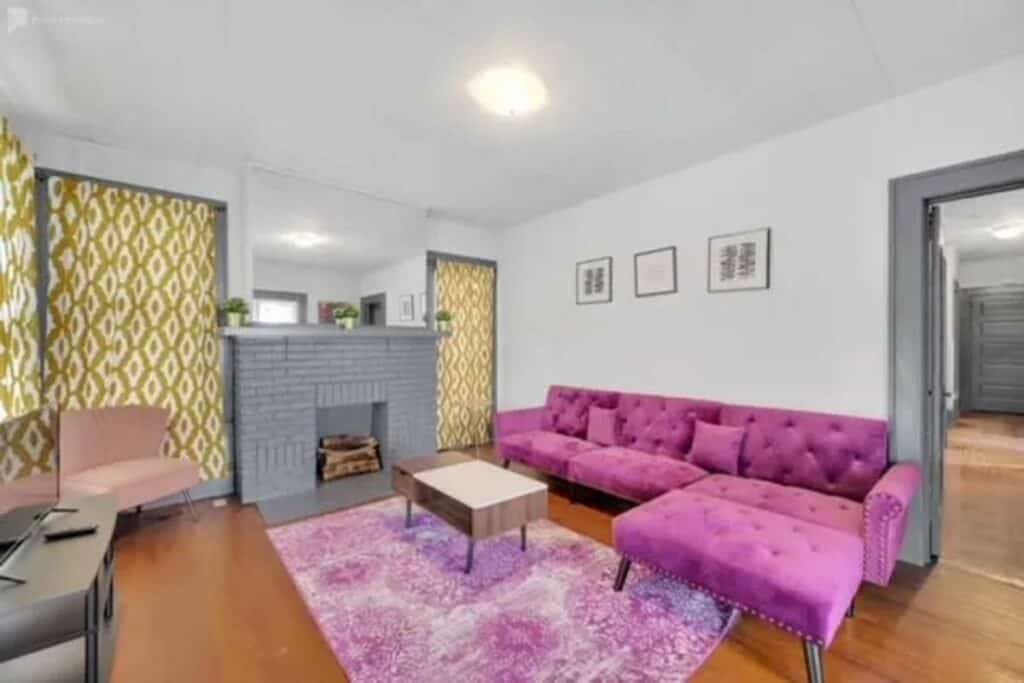 colorful chic 60s bungalow