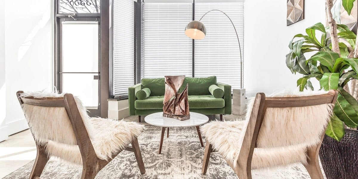 Light and feminine venue for rent in Chicago