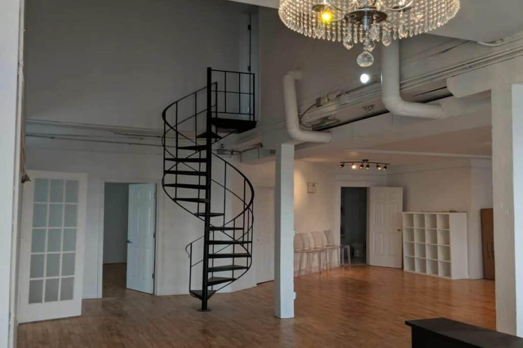 elegant loft in west loop