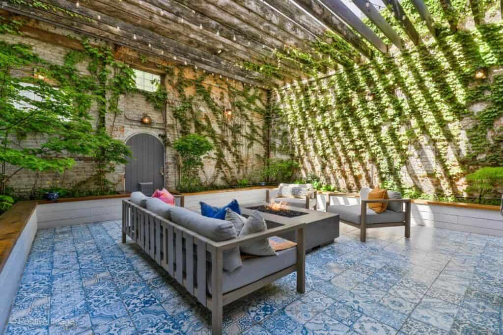 chicago boho courtyard with greenery