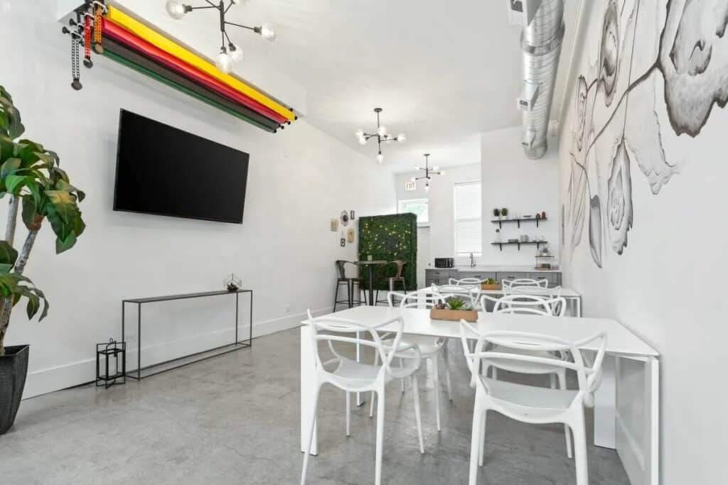 byob studio and event space in irving park
