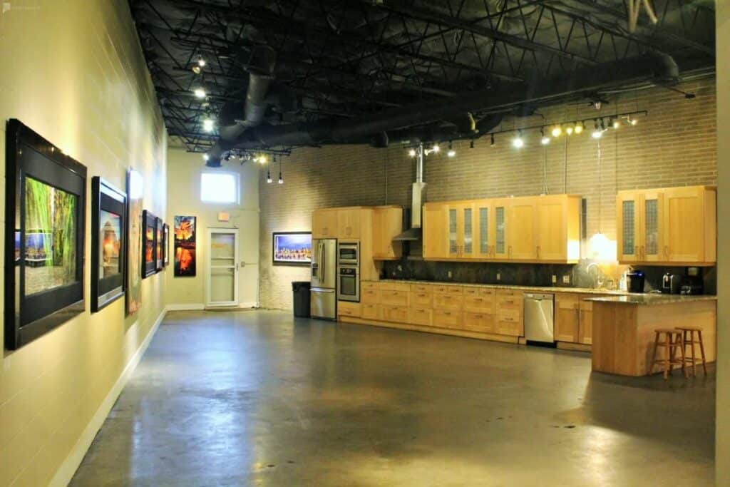 art gallery in the design district