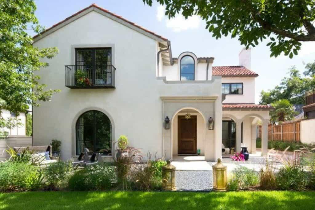 jenifer house with elegant spanish style