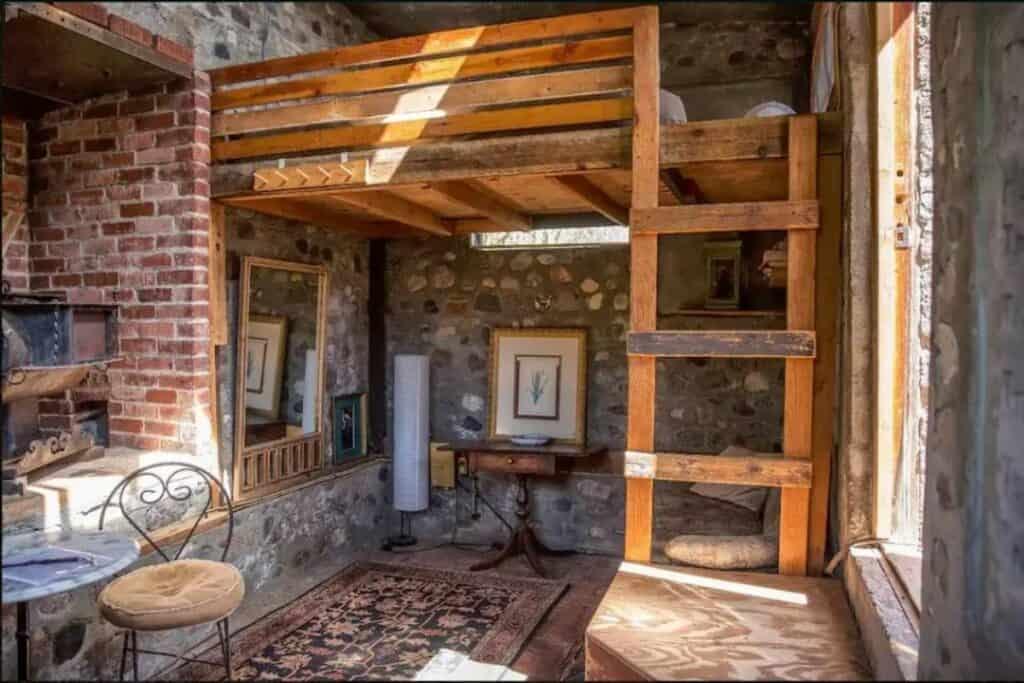 cabin on an LA ranch