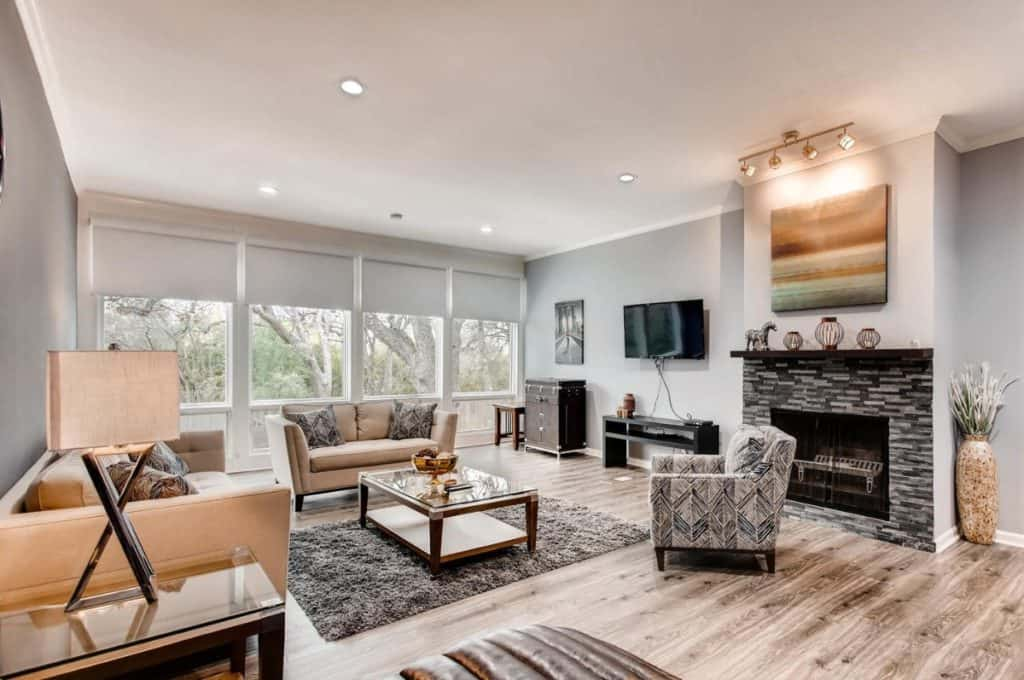 modern townhouse Where nature and city meet dallas rental