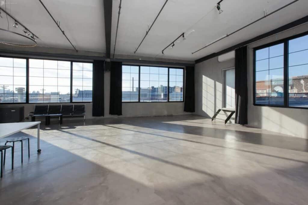daylight modern studio