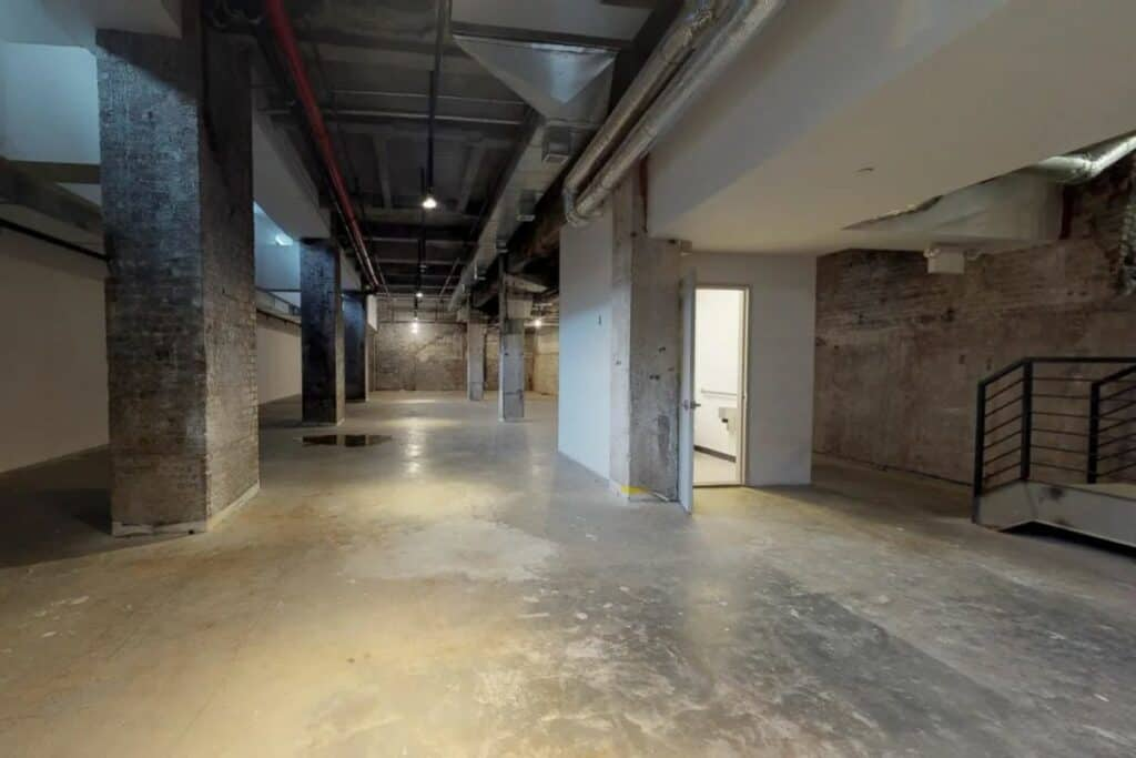 raw warehouse under dumbo