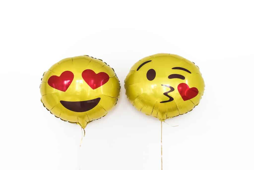 emoji ballons