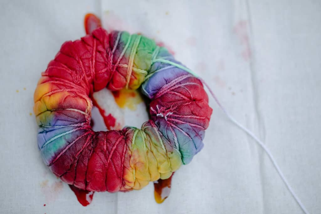 rainbow-party-tie-dye-diy