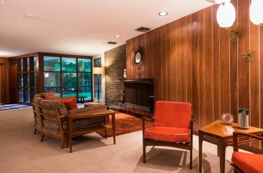 mid-century modern home in philly