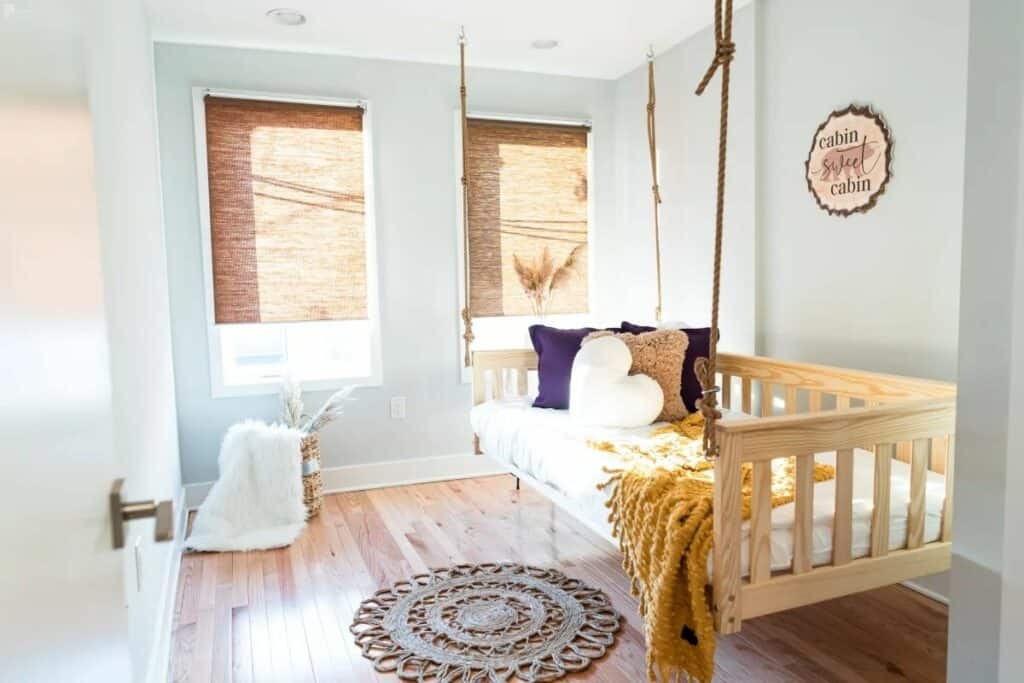 townhouse with swing bed
