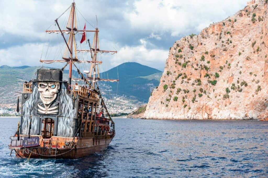pirate ship pirate party