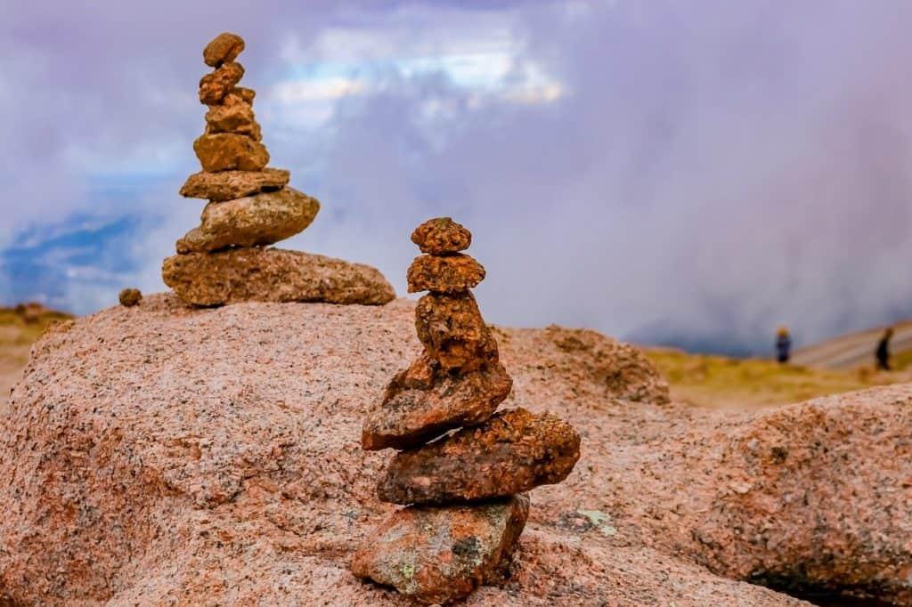 pikes peak stack hike in colorado springs